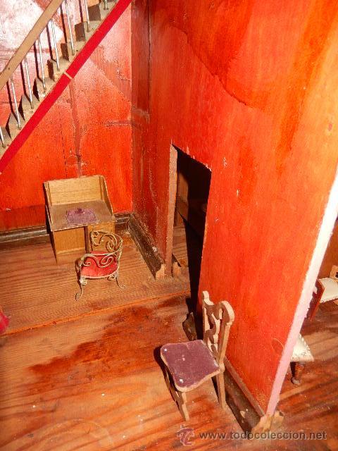 Casas de Muñecas: Casa de muñecas. Juguete antiguo. Siglo XIX / XX. Con accesorios - Foto 64 - 48619082