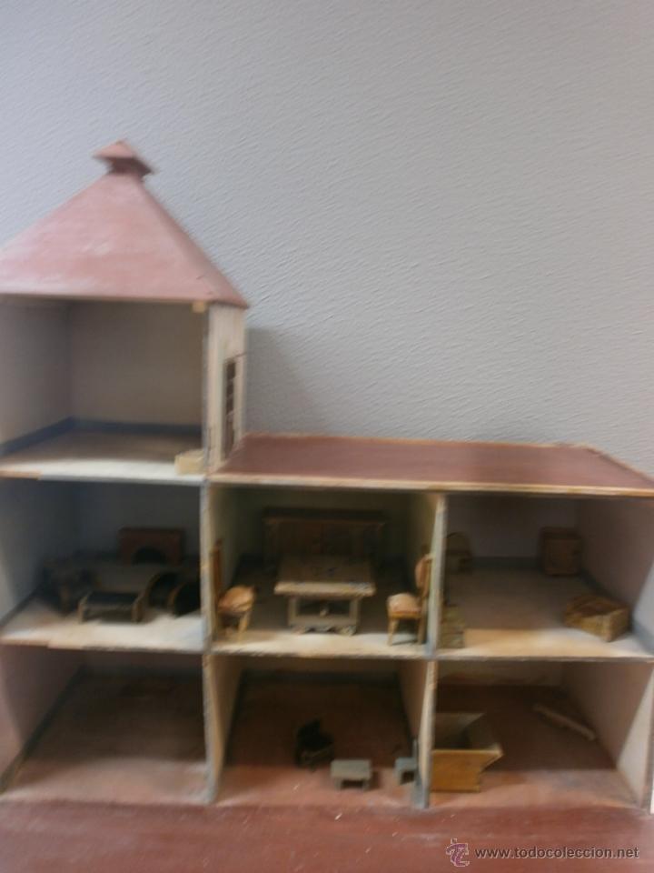 Casas de Muñecas: Antigua casa de muñecas-de madera-años 20- estilo colonial con torreón-contiene algunos muebles. - Foto 7 - 49287001