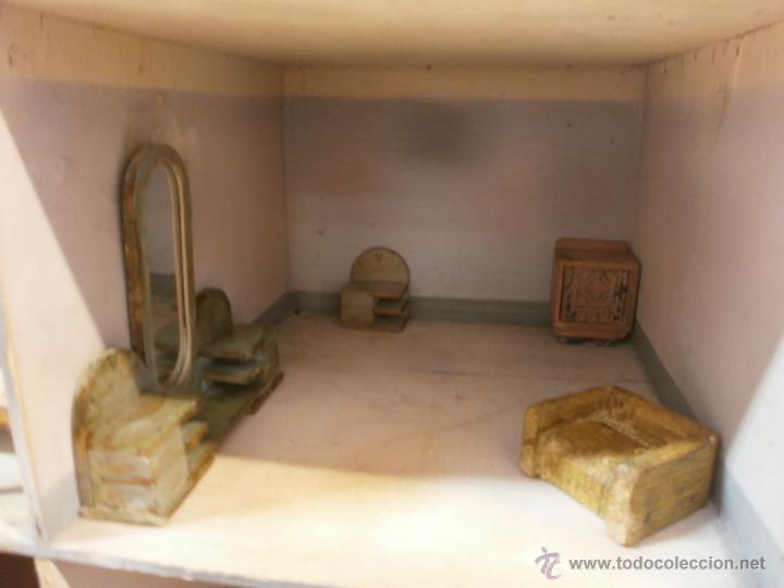 Casas de Muñecas: Antigua casa de muñecas-de madera-años 20- estilo colonial con torreón-contiene algunos muebles. - Foto 10 - 49287001