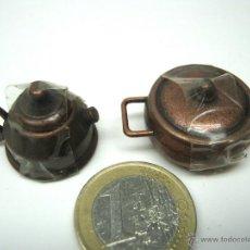 Case di Bambole: CAFETERA Y OLLA EN METAL CON TAPAS. Lote 52963206
