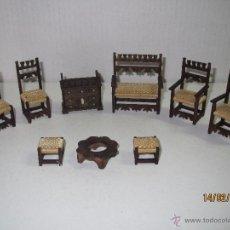 Casas de Muñecas: ANTIGUO CONJUNTO MINIATURAS DE MADERA DE CASITA DE MUÑECAS - AÑO 1940S.. Lote 54456777