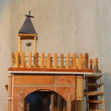 Casas de Muñecas: CASA IGLESIA HECHA A MANO. Lote 54711060
