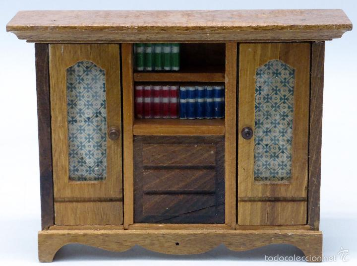 Mueble madera librer a con dos puertas para cas comprar for Mueble dos puertas
