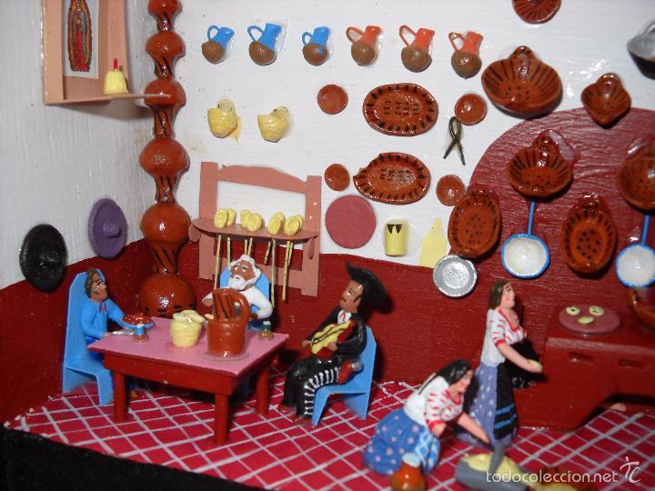 Casas de Muñecas: Antigua y preciosa escena con figuritas de barro.Andalucía o mexicana. - Foto 3 - 58652349