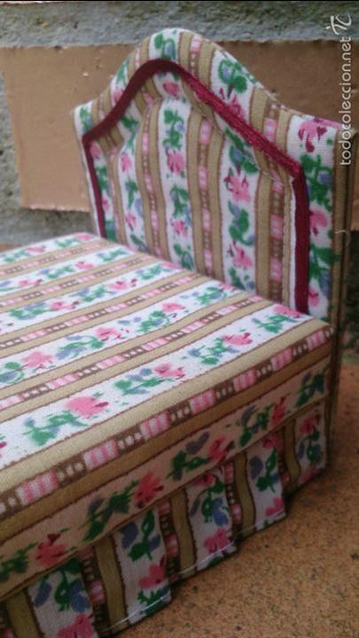 Casas de Muñecas: Muebles casa de muñecas, cama tapizada con banqueta a juego - Foto 4 - 58931625