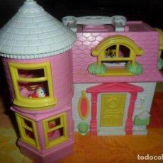 Casas de Muñecas: CASA HELLO KITTY Y ACCESORIOS . Lote 67796805