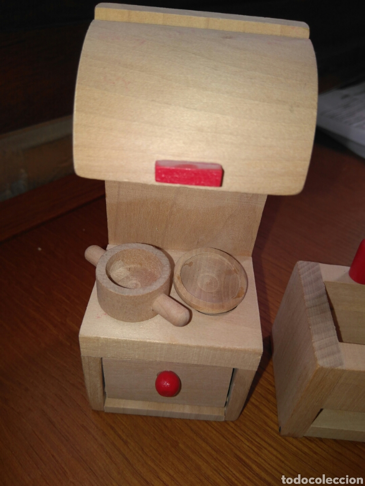 Muebles de cocina para casa de muñecas madera