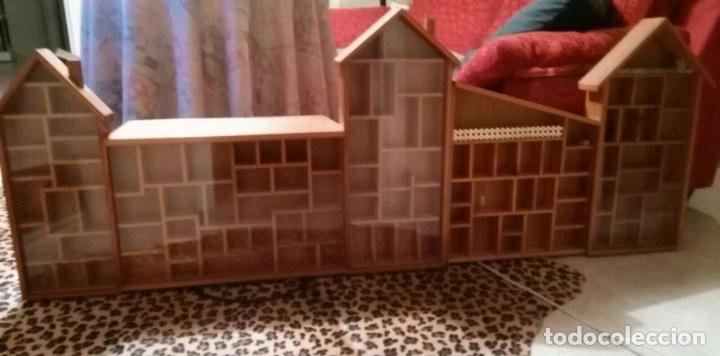 Casas de Muñecas: Expositor casa de madera para miniaturas ( Coleccionismo) - Foto 2 - 94168090
