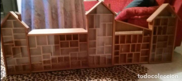 Casas de Muñecas: Expositor casa de madera para miniaturas ( Coleccionismo) - Foto 4 - 94168090