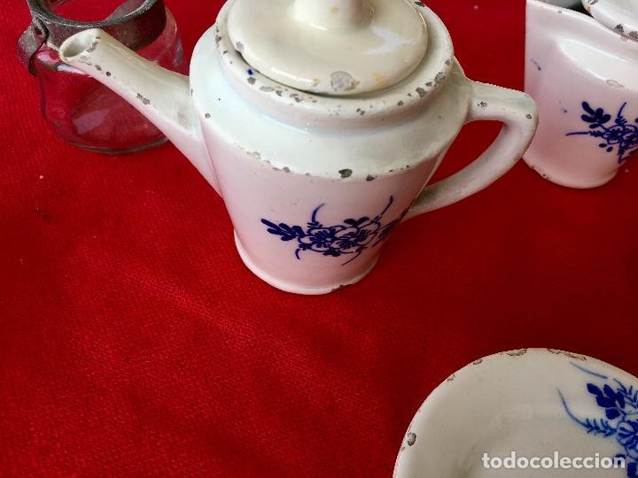 Casas de Muñecas: Vajilla porcelana tetera casa de muñecas pintada a mano 1940 2 servilletas de hilo panera y lechera - Foto 5 - 97366711