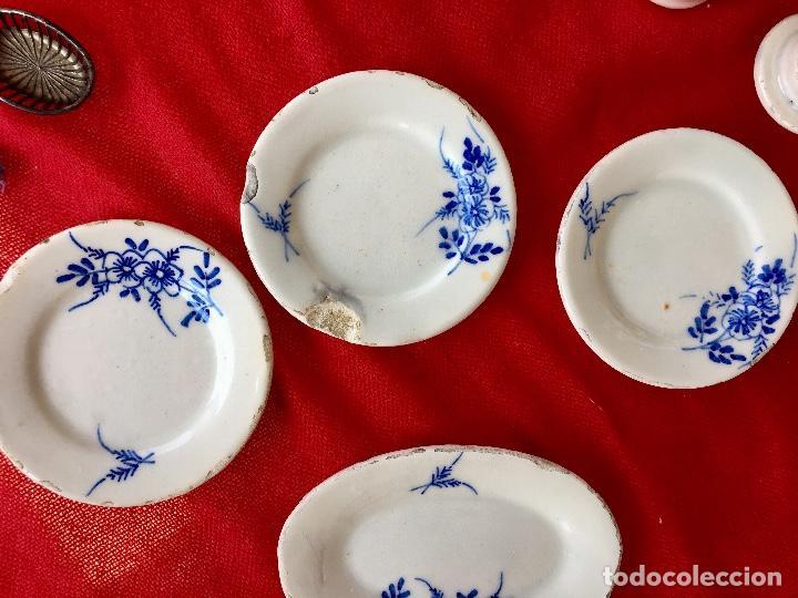 Casas de Muñecas: Vajilla porcelana tetera casa de muñecas pintada a mano 1940 2 servilletas de hilo panera y lechera - Foto 11 - 97366711