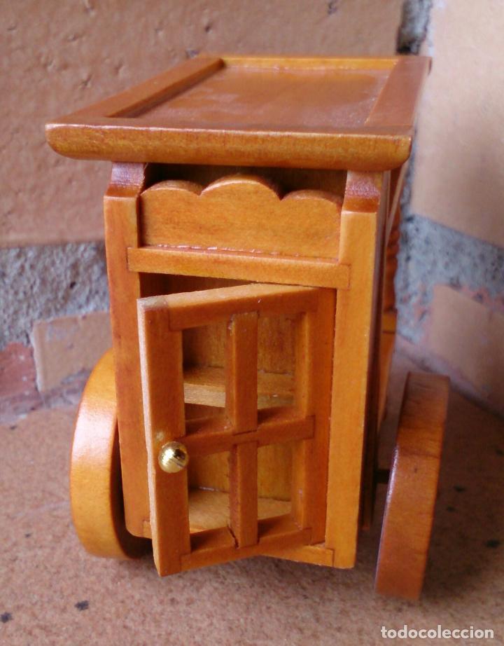 Casas de Muñecas: Mueble casa de muñecas camarera carro bebidas de madera - Foto 2 - 97492411