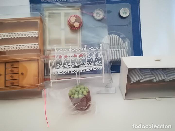 Casas de Muñecas: Alacena de salón en madera y sillon imitación forja. Miniatura. Casita de muñecas - Foto 6 - 98018651