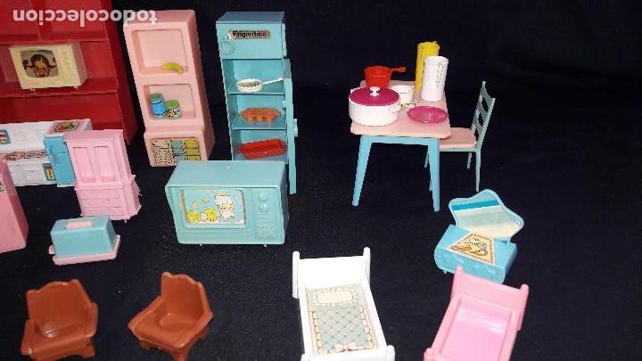 Casas de Muñecas: lote de cocinitas, dormitorio y salón para muñecas. - Foto 2 - 99458783