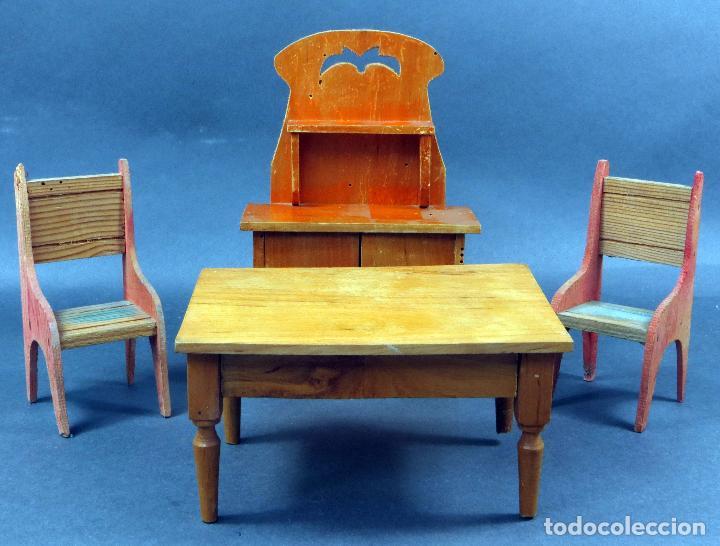 Mesa comedor 2 sillas y aparador madera para casa muñecas años 30 - 40