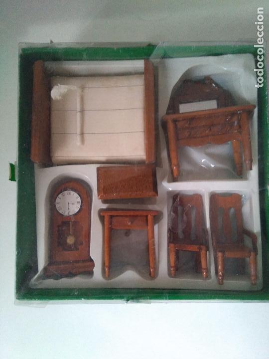 MUEBLES EN MINIATURA PARA CASA DE MUÑECAS - AÑOS 80 (Juguetes - Casas de Muñecas, mobiliarios y complementos)