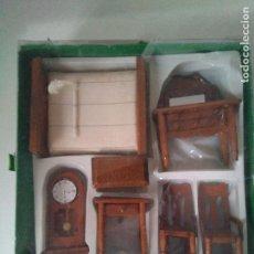Casas de Muñecas: MUEBLES EN MINIATURA PARA CASA DE MUÑECAS - AÑOS 80. Lote 104815347