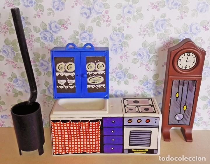 Lote muebles cocina reloj estufa alacena cama y cortina casa muñecas  mellizas trillizas bessones