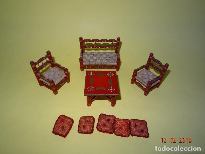 Casas de Muñecas: Antiguo Conjunto de Tresillo con Cojines de Casa de Muñecas - Foto 2 - 112572687