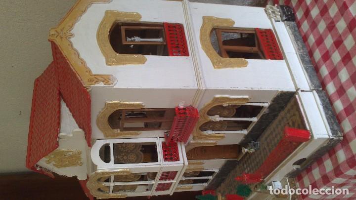 Casas de Muñecas: Casa de muñecas con mobiliario original, años 30/40. 77x51x79cm - Foto 4 - 115860559