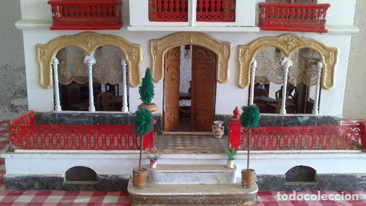 Casas de Muñecas: Casa de muñecas con mobiliario original, años 30/40. 77x51x79cm - Foto 6 - 115860559