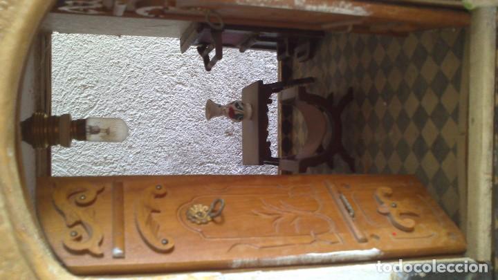 Casas de Muñecas: Casa de muñecas con mobiliario original, años 30/40. 77x51x79cm - Foto 7 - 115860559