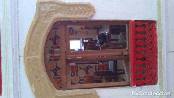 Casas de Muñecas: Casa de muñecas con mobiliario original, años 30/40. 77x51x79cm - Foto 8 - 115860559