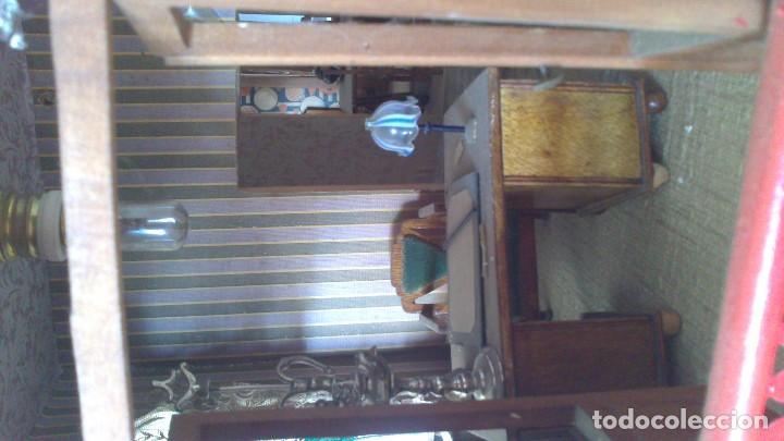 Casas de Muñecas: Casa de muñecas con mobiliario original, años 30/40. 77x51x79cm - Foto 11 - 115860559