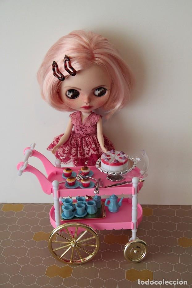 Usado, Completo set merienda con carrito vajilla cubiertos pasteles para muñecas escala 1/6 Barbie Blythe segunda mano