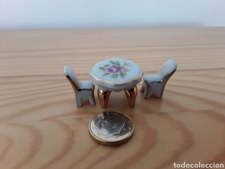 Casas de Muñecas: Mesa y dos sillas porcelana casa muñecas - Foto 5 - 121261839