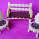 Casas de Muñecas: SILLAS GALLETA MINIATURA ORIGINALES HELLO KITTY . Lote 125269899