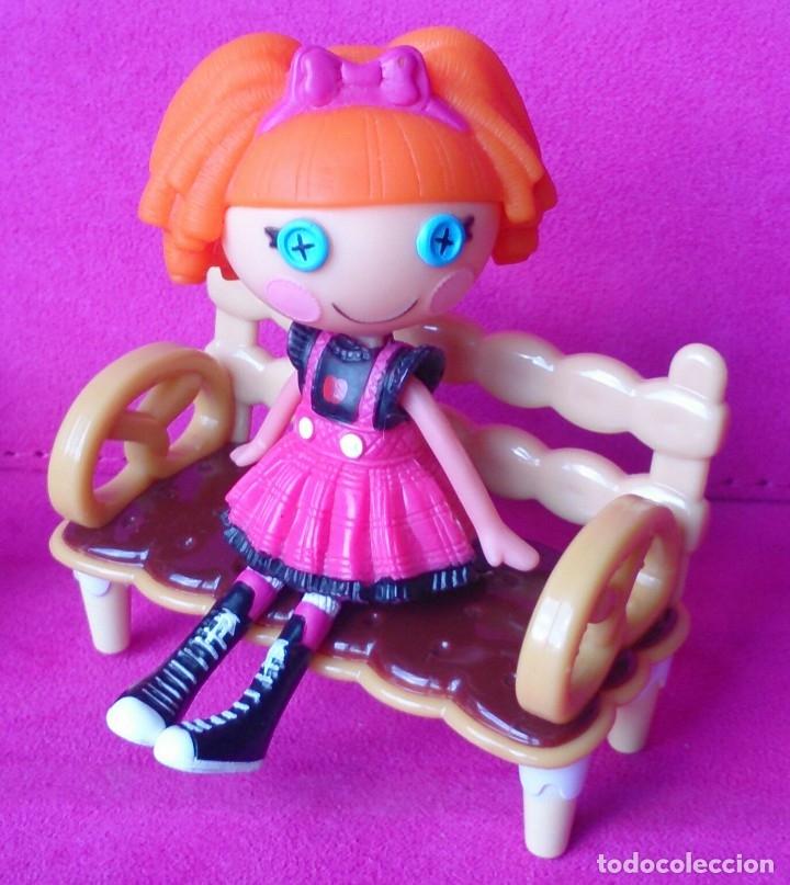Casas de Muñecas: Sillas galleta miniatura originales Hello Kitty - Foto 3 - 125269899