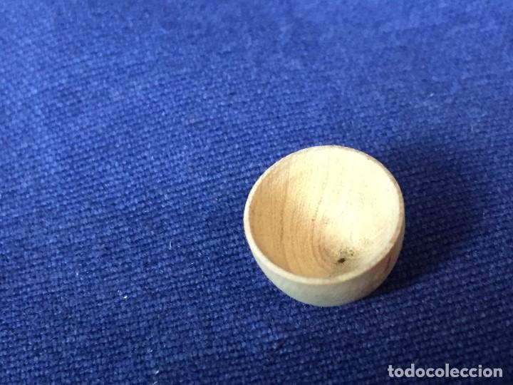 Casas de Muñecas: pequeño conjunto casa de muñecas en madera torneada plato vaso cuenco jarra ppio s XX - Foto 7 - 130171615