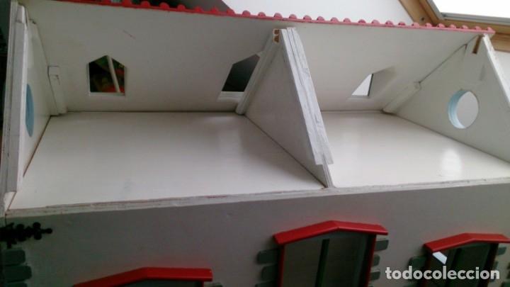 Casas de Muñecas: Gran casa de muñecas fabricada a mano en los años 70 - Foto 7 - 131490058