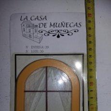 Casas de Muñecas: VENTANA DE ARCO CON CORTINAS Y REJA DE COLECCION ANTIGUA CASA DE MUÑECAS ESTILO ANDALUZA ALTAYA . Lote 133546314