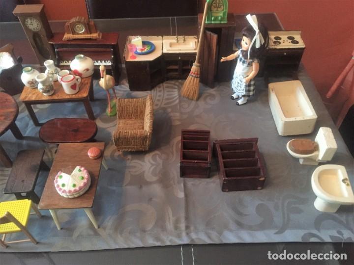 Casas de Muñecas: GRAN LOTE DE MUEBLES Y ACCESORIOS - Foto 2 - 135517754