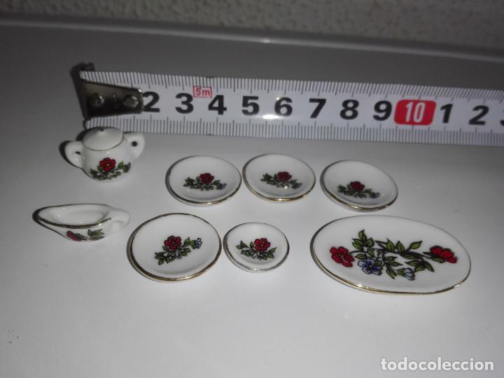 Miniatura vajilla platos casa de muñecas mobiliario mueble cocina salon habitacion terraza segunda mano