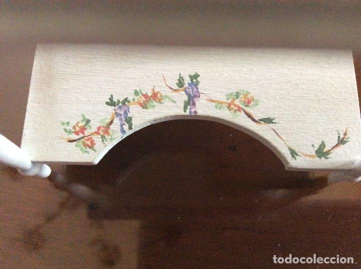 Casas de Muñecas: Mesita con silla escala 1:12 con dibujos a mano de Beatrix potter. - Foto 7 - 136276662