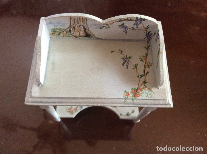 Casas de Muñecas: Mesita con silla escala 1:12 con dibujos a mano de Beatrix potter. - Foto 8 - 136276662