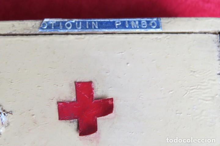 Casas de Muñecas: ANTIGUO BOTIQUIN PIMBO PARA DE CASA MUÑECAS - MADERA AÑOS 40 - Foto 3 - 137755386