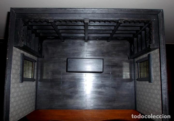 Casas de Muñecas: Tienda de estilo goth, dark, toda en madera, hecha a mano por artista, escala 1:12 - Foto 4 - 138754266