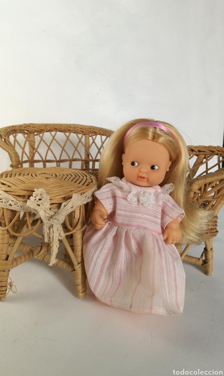 Casas de Muñecas: Muebles mimbre válidos para Barriguita, casa de muñecas, sillas sofa mesa - Foto 4 - 146584654