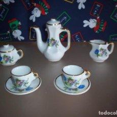 Casas de Muñecas - juego de cafe de porcelana para casa de muñecas - 143424598