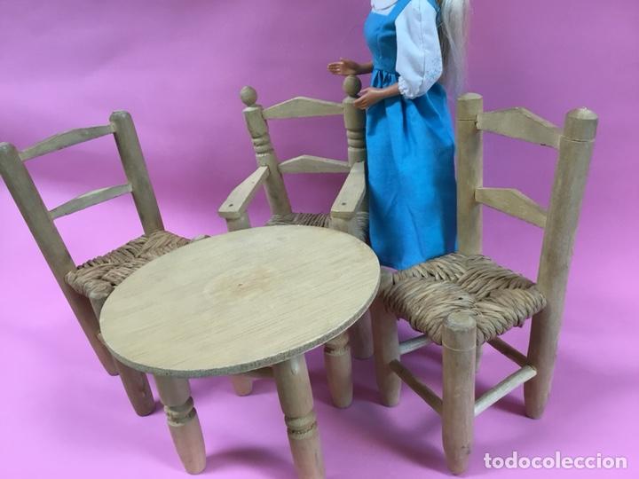 Casas de Muñecas: Conjunto de sillas y mesa para muñecas - Foto 3 - 144728564