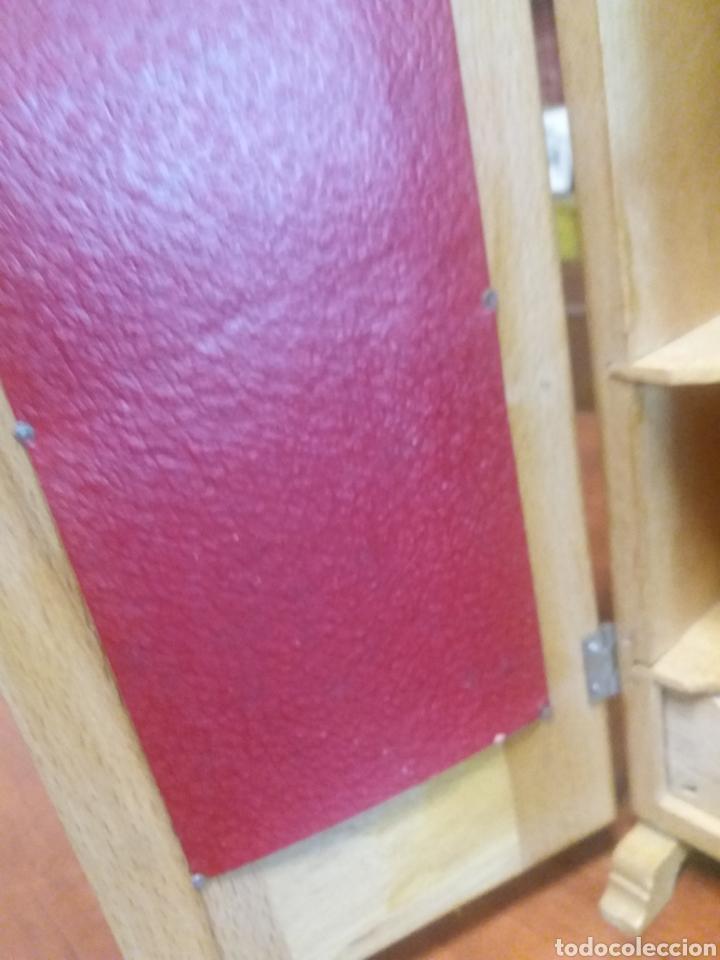 Casas de Muñecas: Armario de madera antiguo perfecto - Foto 8 - 147780438