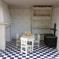 Casas de Muñecas: MUEBLES DE COCINA DE CASA DE MUÑECAS (8 PIEZAS). Lote 153239966