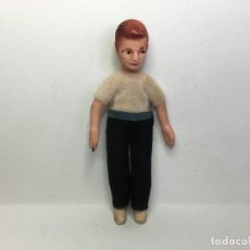 Case di Bambole: ANTIGUA FIGURA DE CASA DE MUÑECAS DE GOMA Y ALAMBRE. Lote 164295538