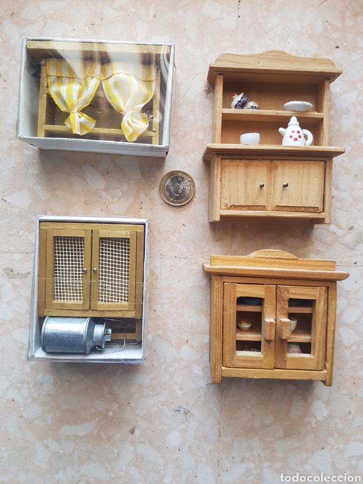 Lote de 4 mueble de cocina de madera para casa de muñecas.