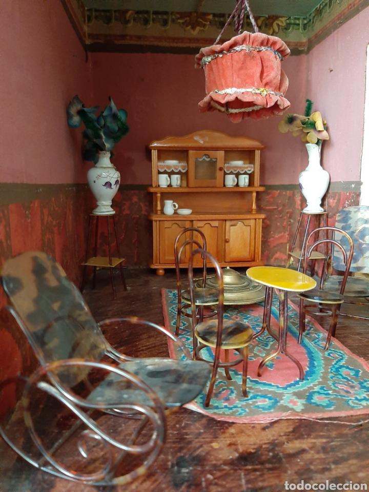 Casas de Muñecas: Importante casa de muñecas en madera policromada, 8 estancias. Adaptada a la luz eléctrica. S. XIX. - Foto 24 - 169337600