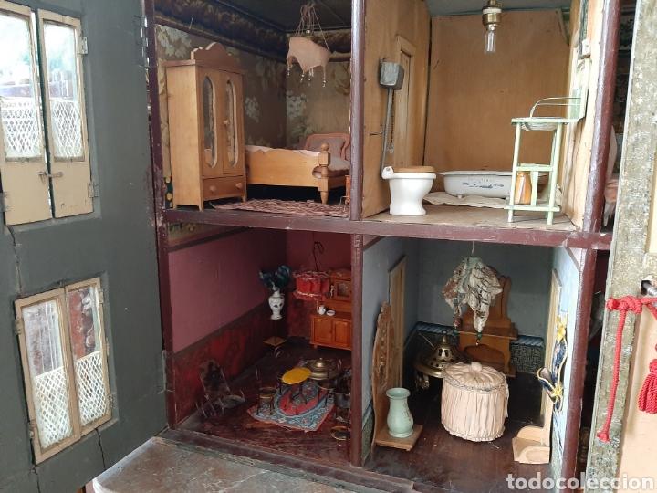 Casas de Muñecas: Importante casa de muñecas en madera policromada, 8 estancias. Adaptada a la luz eléctrica. S. XIX. - Foto 36 - 169337600
